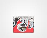 「サフィアーノ」レザー 財布 ブラック ダリア ファイヤーモチーフ Prada